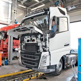 Ремонт импортных грузовиков и автобусов